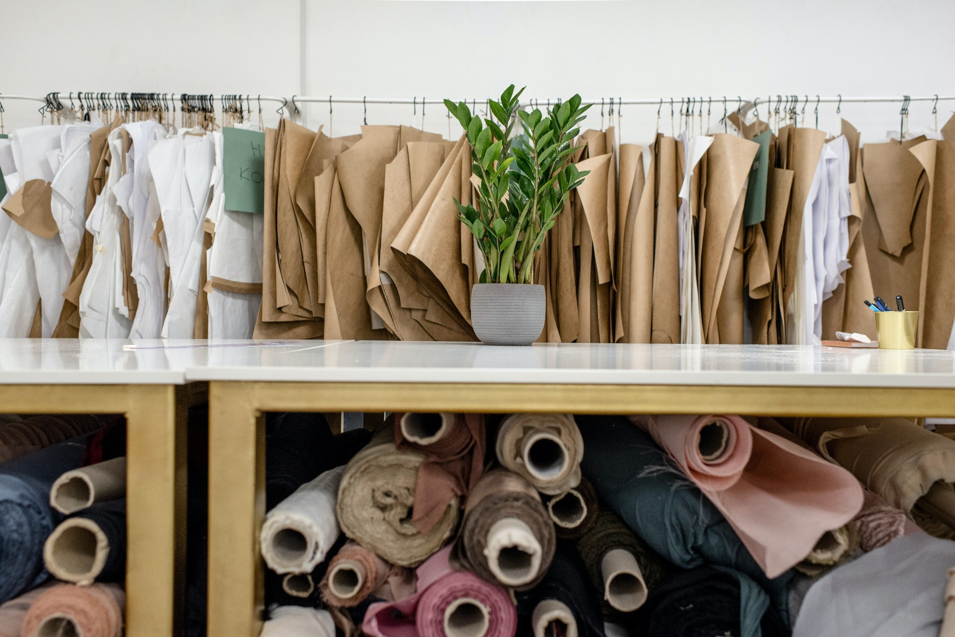 There's_an_Ugly_Truth_About_Fast_Fashion_and_the_Environment